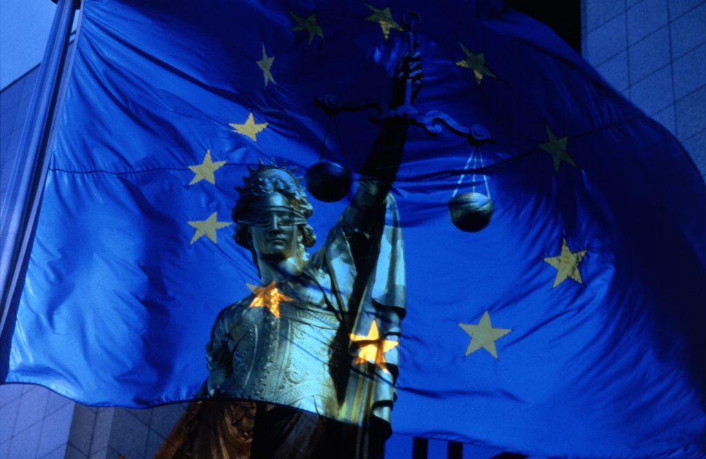 © European Communities