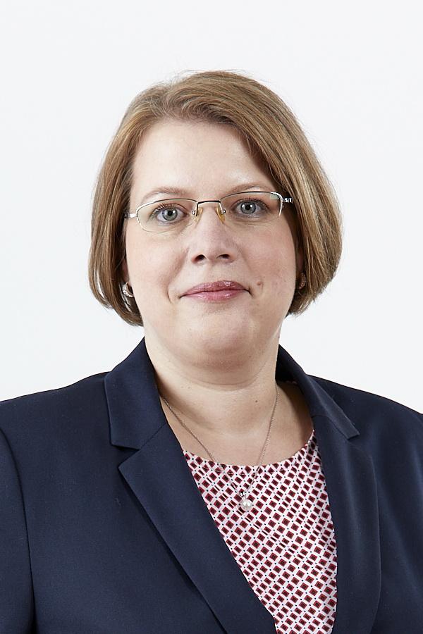 Diana Nier DFK - Verband für Fach- und Führungskräfte Leiterin Geschäftsstelle Berlin Rechtsanwältin Fachanwältin für Arbeitsrecht
