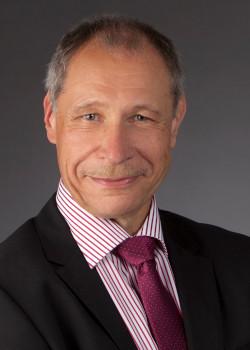 Dr. Dirk Schmidt